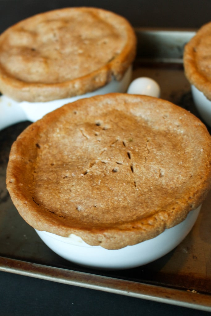 The flakiest pie crust you ever have eaten! This pot pie is perfect comfort food. #glutenfree #vegan #wholefoods