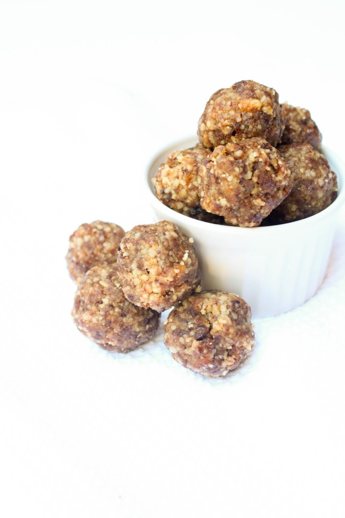 The 4 ingredient POWER snack