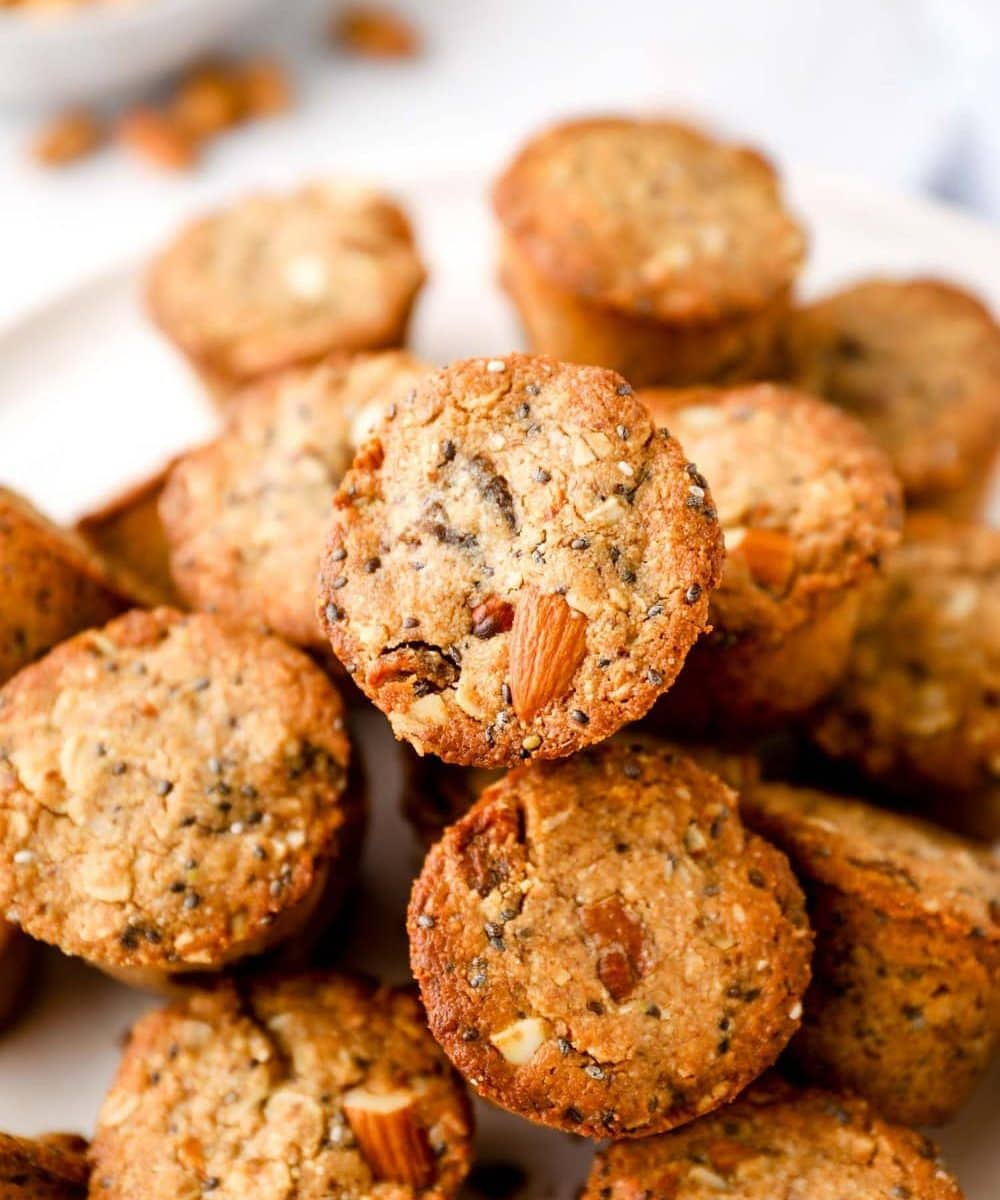Gluten Free Aussie Bites with nuts and dried fruit.