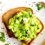 10 minute healthy edamame avocado salad.
