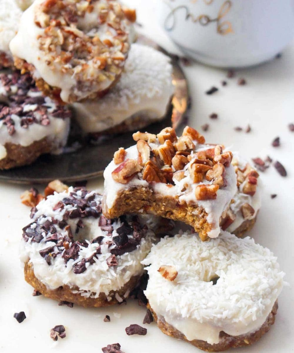 This Pumpkin Spice Latte Donuts recipe requires just 3 steps and are no-bake! They are secretly healthy, but no one would ever know! | CatchingSeeds.com