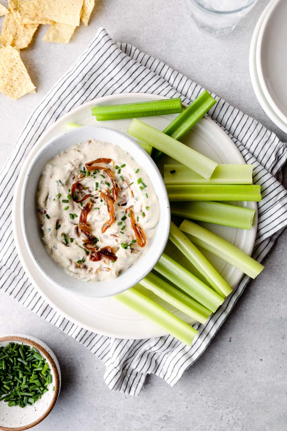 Vegan French Onion Dip with chives and caramelized onions.