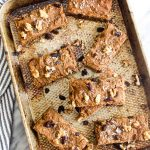 These Healthy Carrot Cake Bars are a secretly healthy treat! Full of carrot cake flavors, but made without refined sugar, flour, or oil! | CatchingSeeds.com