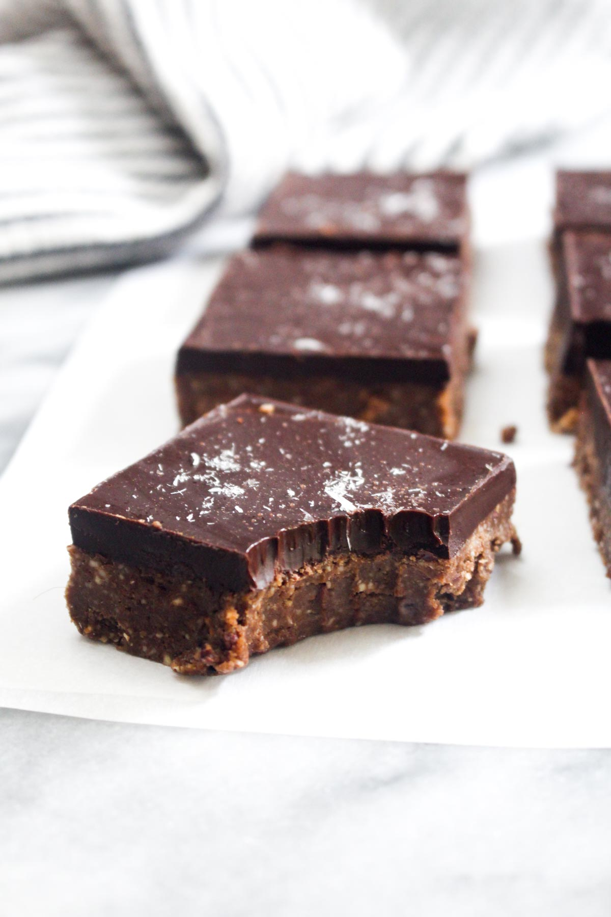 These Triple Chocolate Cinnamon Protein Bars are loaded with healthy fats and plant based proteins to help keep you full and satisfied for hours. Plus, triple chocolate... | CatchingSeeds.com