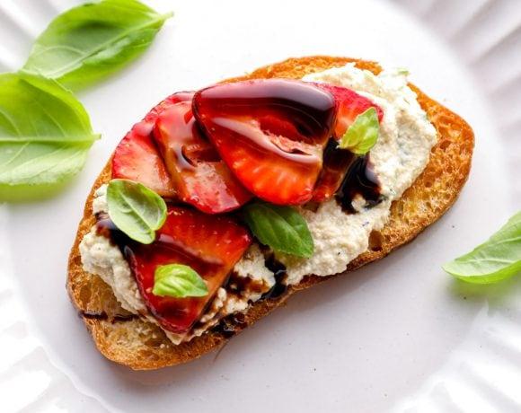 Strawberry bruschetta with ricotta.